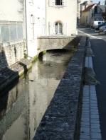 A Moulin...